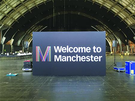 Welcome to Manchester Sign - SG World