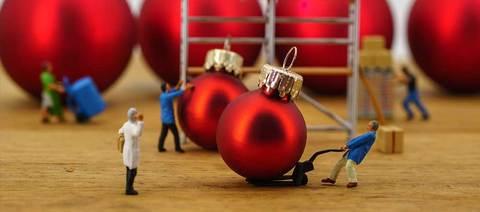 Christmas Workers | SG World Crewe